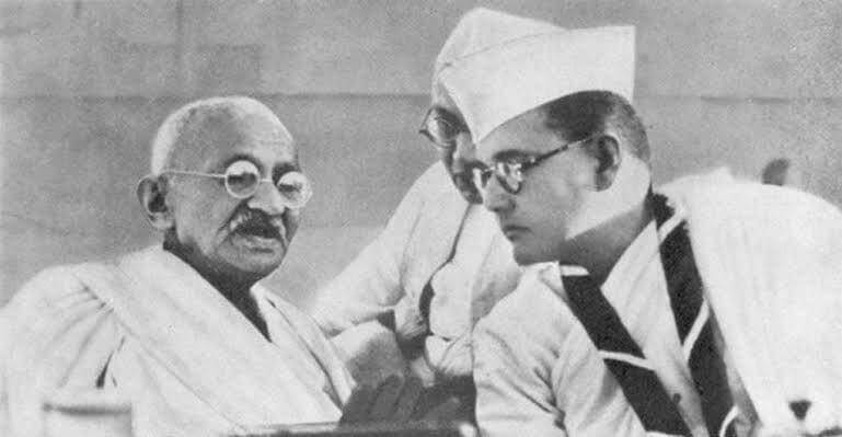 subhas chandra bose with Gandhi